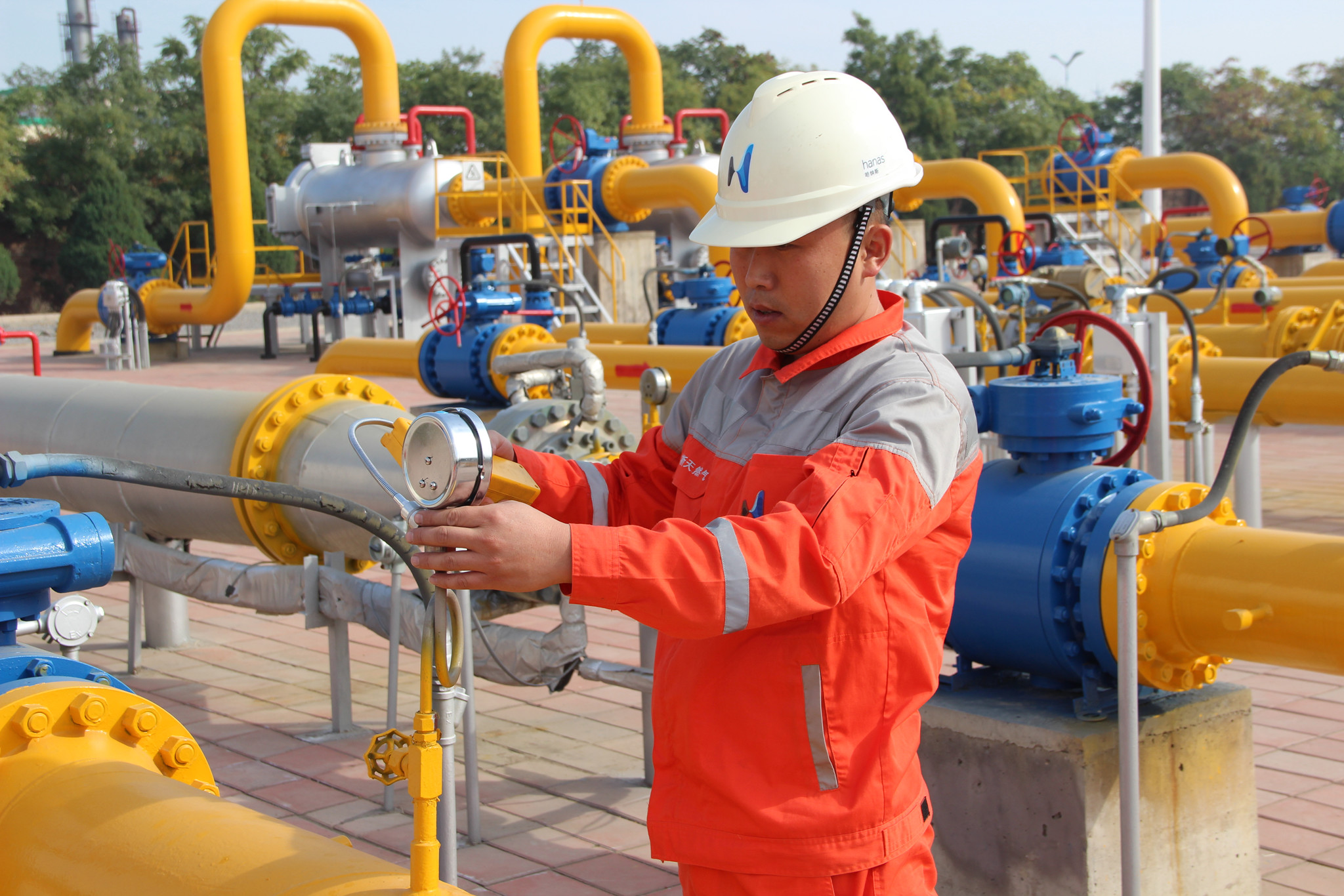 City Looped High-Pressure Gas Pipelines Construction